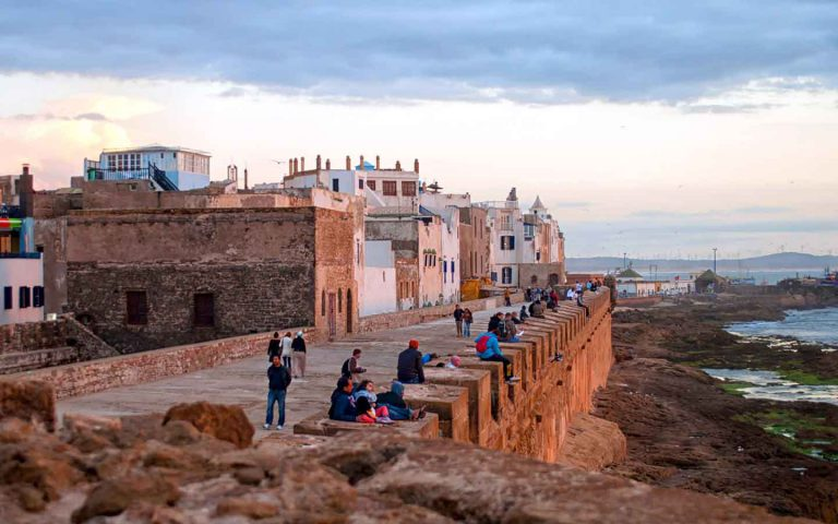 How to travel around Morocco?